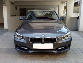 Used BMW 3 Series 320d Luxury Line 2013 by owner