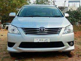 Toyota Innova 2.5 V 8 STR, 2013 for sale