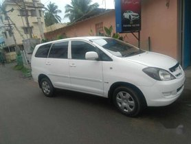 Used Toyota Innova 2006 car at low price