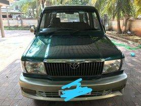 Used Toyota Qualis 2004 car at low price