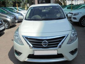 Used Nissan Sunny car at low price