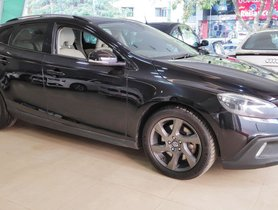 Used Volvo V40 Cross Country D3 2014 for sale