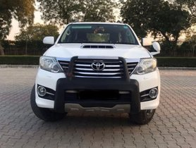 SUV Toyota Fortuner 2015 for sale