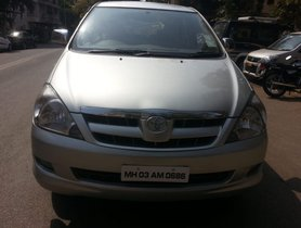 Toyota Innova 2.5 V Diesel 8-seater for sale