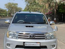 Toyota Fortuner 3.0 4x4 MT, 2009, Diesel for sale
