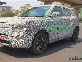 EXCLUSIVE: Mahindra XUV 300 AMT caught on tape!