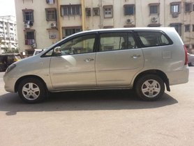 Toyota Innova 2.5 LE 2014 Diesel 8 Seater for sale