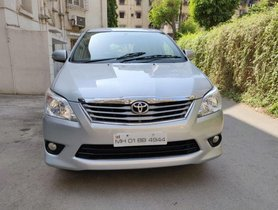 Toyota Innova 2.5 VX 7 STR 2012 for sale