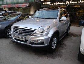 Used Mahindra Ssangyong Rexton car at low price