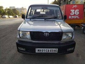 Used Toyota Qualis 2001 for sale  car at low price