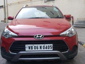 Used Hyundai i20 Active car at low price