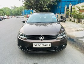 Used Volkswagen Jetta car at low price