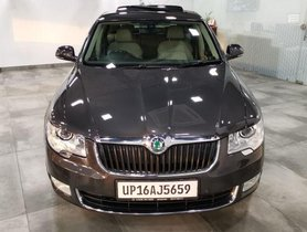 Skoda Superb 2.5 TDi AT 2012 for sale