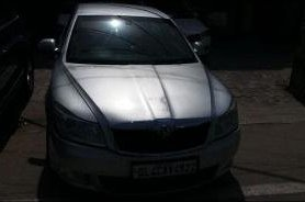 Used Skoda Laura car at low price