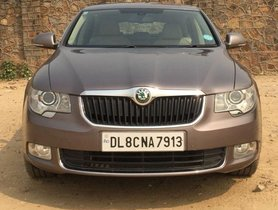 Used Skoda Superb 2009-2014 car at low price