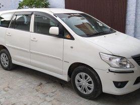 Toyota Innova 2.5 G (Diesel) 7 Seater BS IV 2012 White
