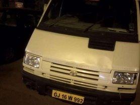 Used Tata Winger car at low price