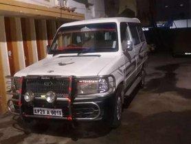 Used Toyota Qualis car at low price