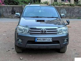 Toyota Fortuner 2011 MT for sale