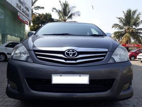 Toyota Innova 2.5 VX 7 STR MT 2011 for sale