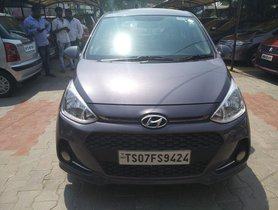 Used Hyundai i10  Sportz MT car at low price