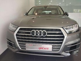 Used 2017 Audi Q7 AT for sale