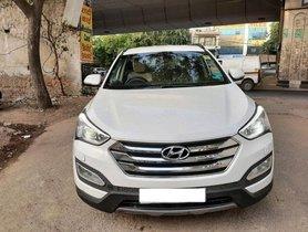 Used Hyundai Santa Fe 4WD AT car at low price