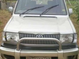 Used 2004 Toyota Qualis FS B4 MT for sale