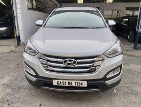 Hyundai Santa Fe 2WD MT 2014 for sale