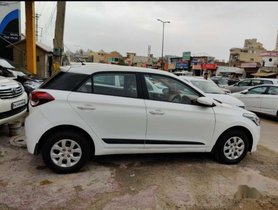Hyundai i20 2015 MT for sale