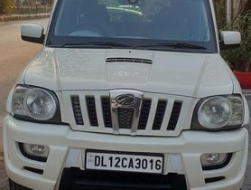 Mahindra Scorpio VLX 4WD ABS AT BSIII for sale