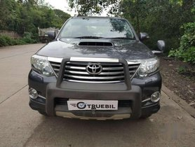 Used Toyota Fortuner car MT at low price