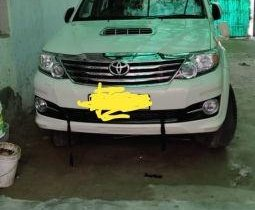 Toyota Fortuner 4x2 Manual MT 2015 for sale
