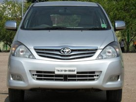 Toyota Innova 2.5 V Diesel 7-seater MT for sale