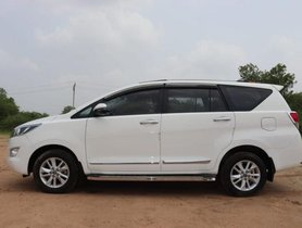 Used Toyota Innova Crysta 2.8 GX AT car at low price