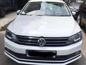 Used Volkswagen Jetta AT 2013-2015 car at low price