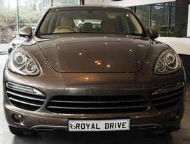 Used Porsche Cayenne car Diesel AT at low price