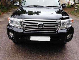 Used Toyota Land Cruiser Diesel MT car at low price