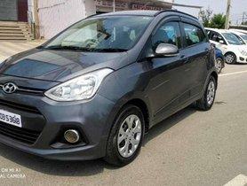 Used Hyundai i10 car Sportz MT at low price