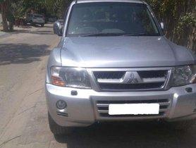 Used Mitsubishi Montero car MT at low price