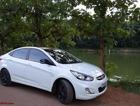 Hyundai Verna 2011 MT for sale