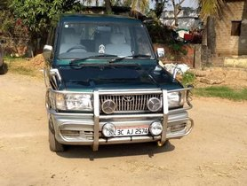 Toyota Qualis RS, 2004, Diesel MT for sale