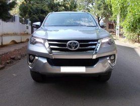 Toyota Fortuner 2.8 2WD MT for sale