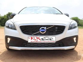 Used Volvo V40 2014 AT for sale