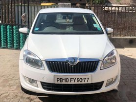 Skoda Rapid 1.5 TDI CR Ambition AT with Alloy Wheels, 2016, Diesel for sale