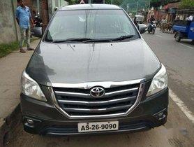 Toyota Innova 2.5 V 8 STR, 2013, Diesel MT for sale