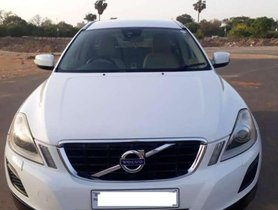 Used Volvo XC60 AT for sale at low price