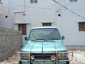 Toyota Qualis GS C3, 2001, Diesel MT for sale