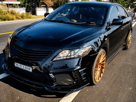 Brilliantly modified Toyota Camry for sale, affordable than Maruti Dzire