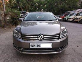 Used Volkswagen Passat  Diesel Highline 2.0 TDI AT car at low price
